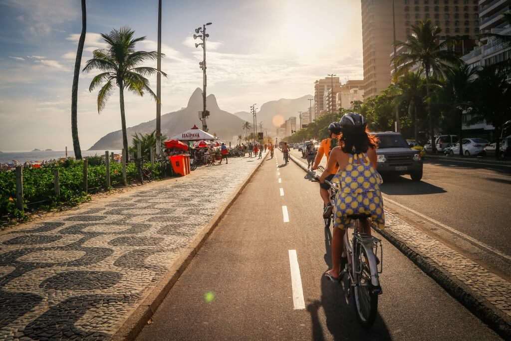 rio_beach_and_lagoon_tour_cycling_ipanema
